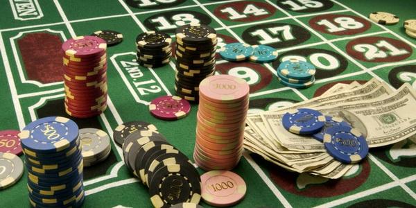 На чем зарабатывают покеррумы